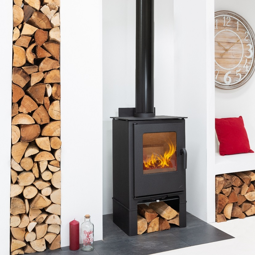 7.5kW Loxton 8 SE Multi Fuel Stove with Log Store
