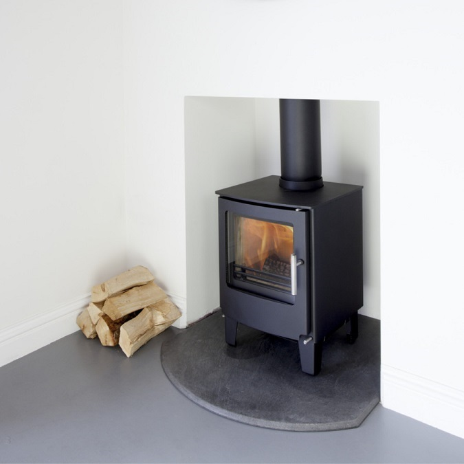 4.9KW Westfire Series One SE Woodburning Stove
